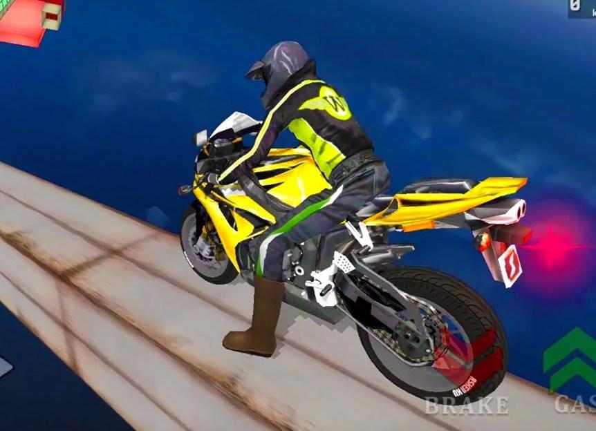 Jocuri cu cascadorii imposibile cu motociclete 3d
